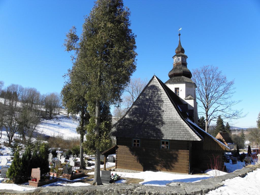 Kościół MB Śnieżnej w Sierpnicy