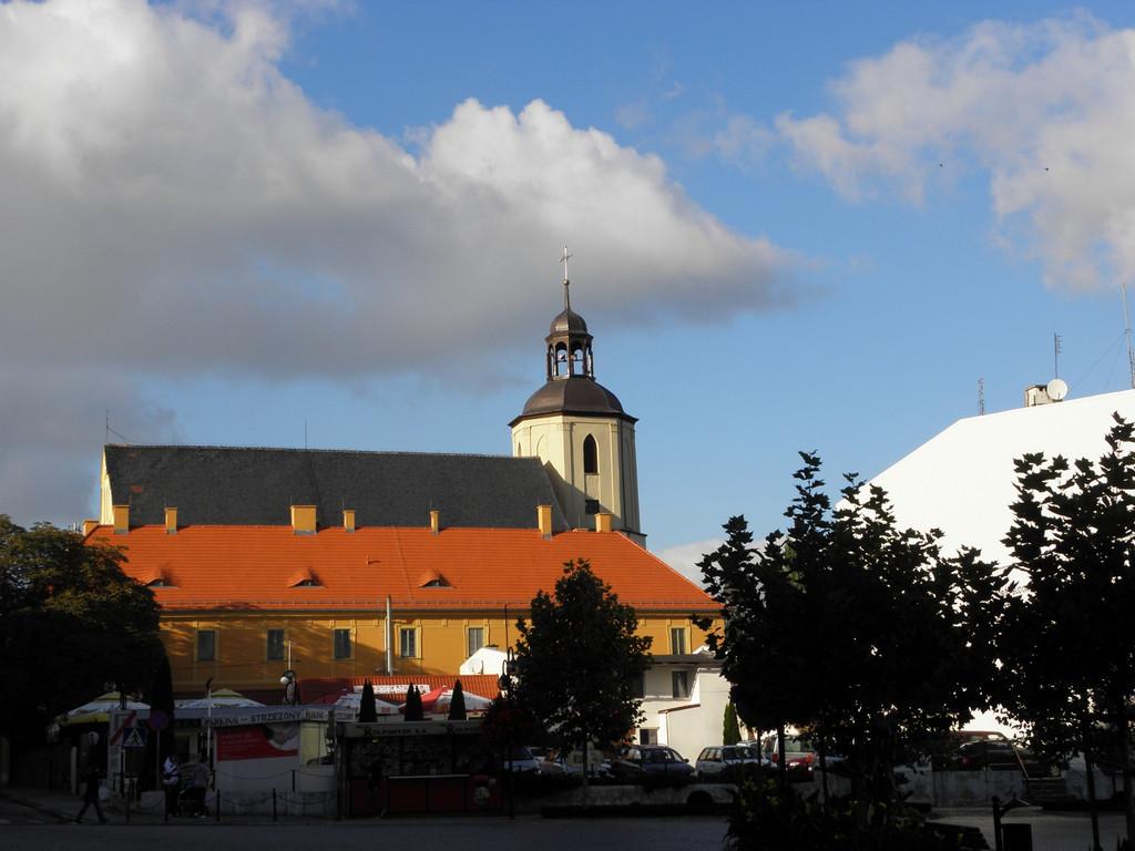 Strzegom - kościół pokarmelitański
