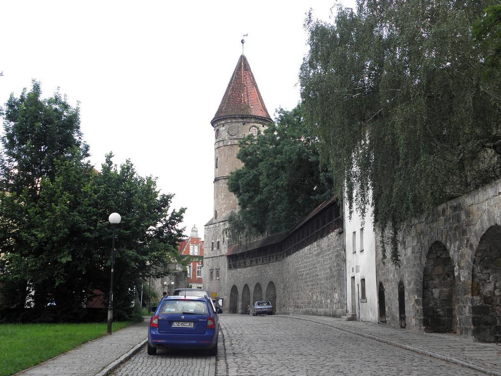 Mury obronne przy Bramie lubańskiej
