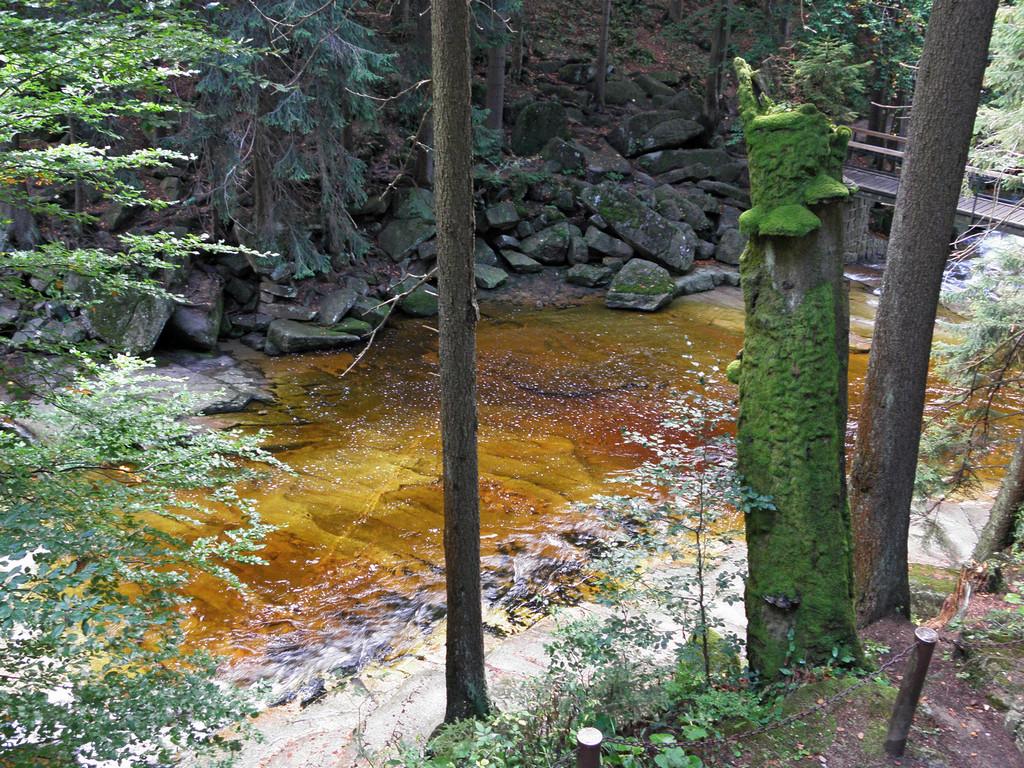 Poniżej Wodospadu Mumlawskiego