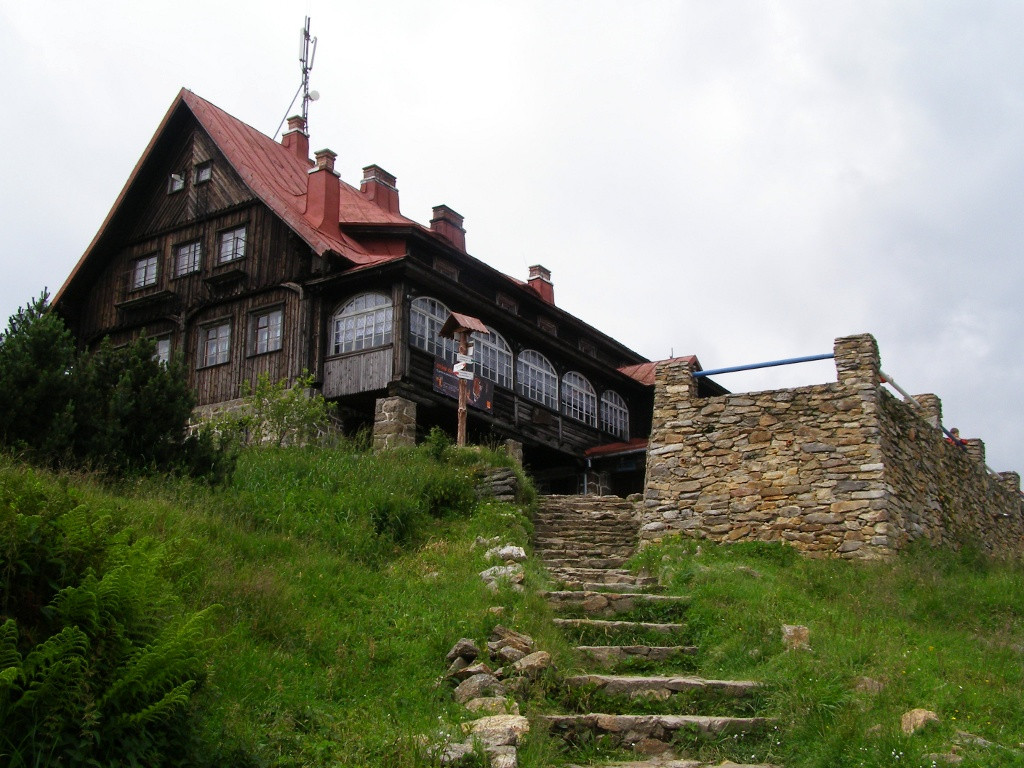 Tourist hut on Stog Izerski
