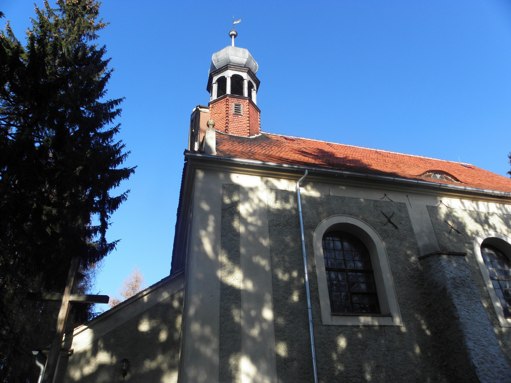 Dobroszow - church