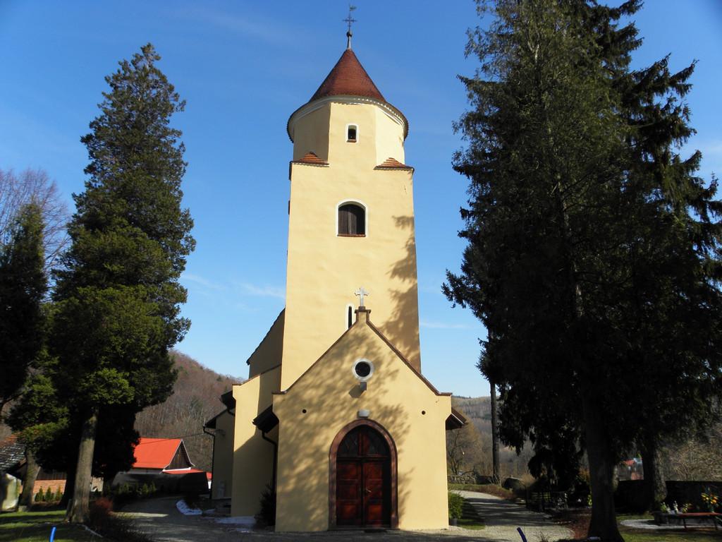 Kościółek w Rościszowie
